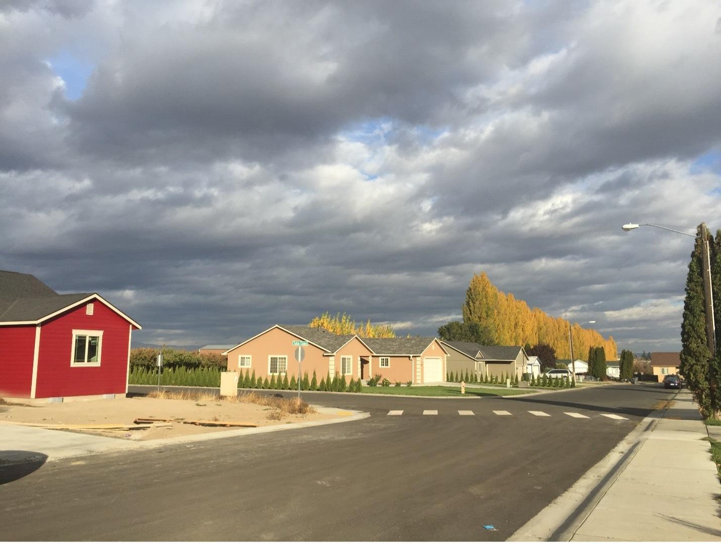 Tieton estate homes